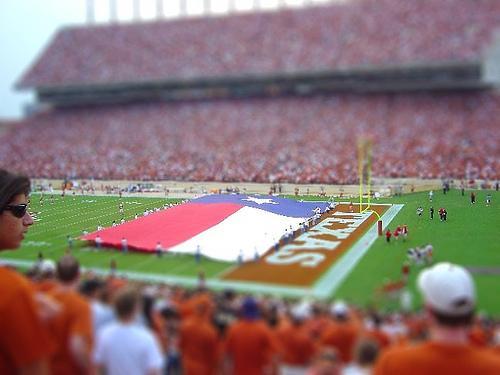 texas flag at longhorn game