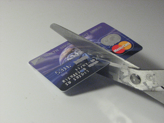 close credit cards to improve credit score